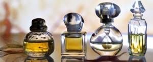 Нотку неповторимости и особой теплоты в отношениях принесет загадочный флакон туалетной воды в подарок из коллекции нишевой парфюмерии
